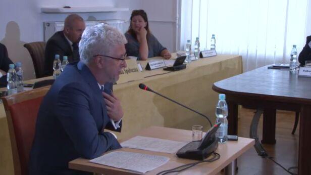 Jacek Wojciechowicz przed komisją Komisja Weryfikacyjna / YouTube