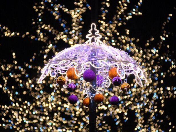 Iluminacja świąteczna ponownie rozświetli stołeczne ulice UM