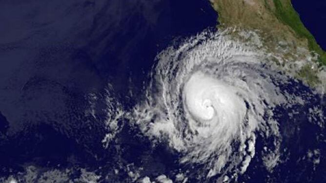 Cyklony już tańczą na oceanach. Jaki będzie ten sezon?