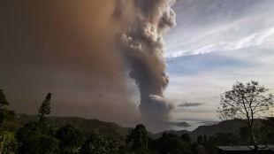 Wybuch wulkanu na Filipinach. Ewakuacja i wstrzymane loty