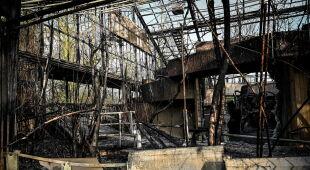 Pożar w zoo w Krefeld (PAP/EPA/SASCHA STEINBACH)